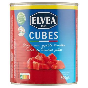Gepelde tomaten in blokjes